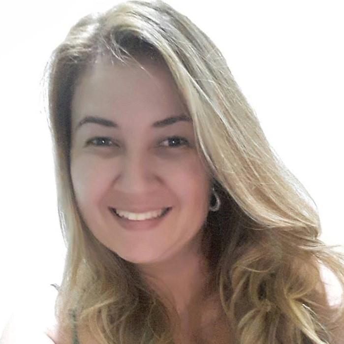 Me. Ariany Palhares de Oliveira Borges Vicente